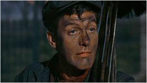 "Dick Van Dyke canta ""Dale hilo a la cometa"" de 'Mary Poppins' junto a sus seguidores"