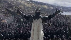 'Rey Arturo: La leyenda de Excalibur': Charlie Hunnam protagoniza el nuevo tráiler en español