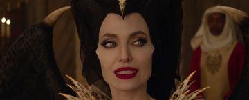 'Maléfica: Maestra del mal': Tensión máxima entre Maléfica y la reina Ingrith en este adelanto en EXCLUSIVA