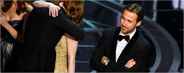 Ryan Gosling explica por qué sonrió tras el error de la ceremonia de los Oscar