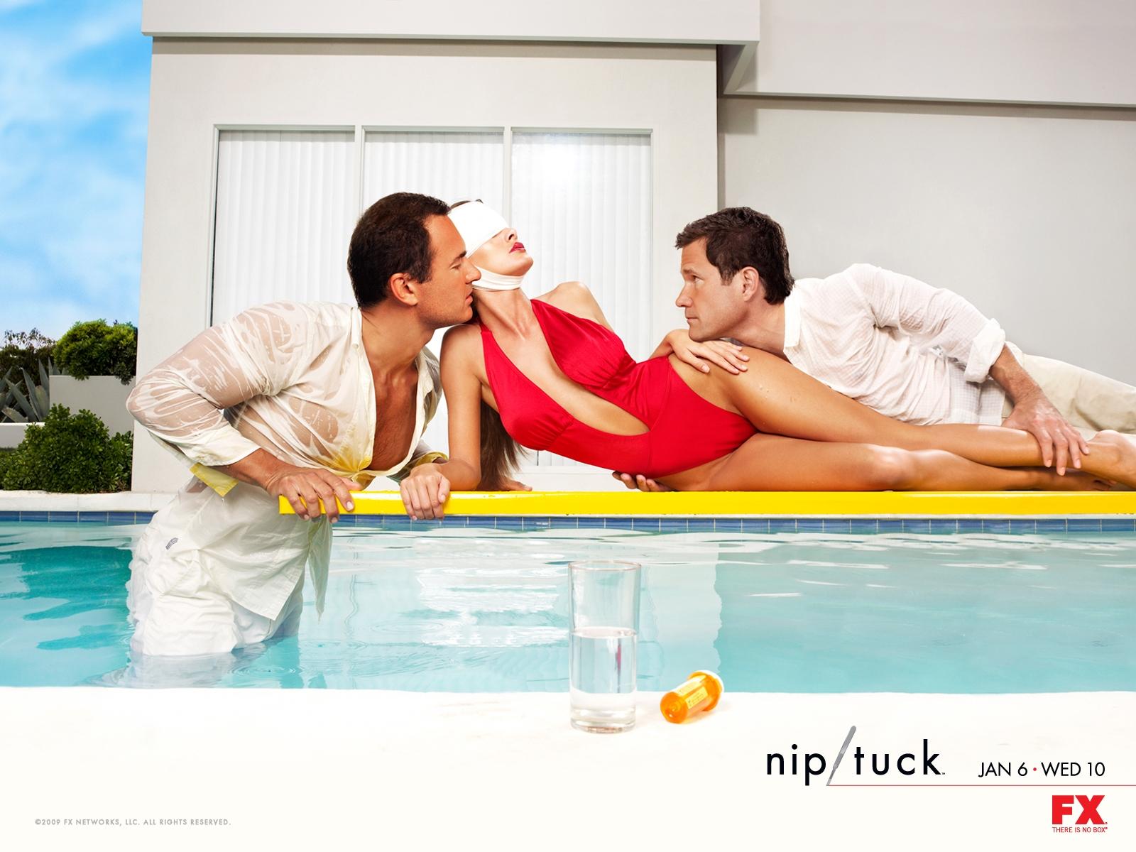 Sanaa Lathan desnuda en Nip/Tuck, a golpe de bistur