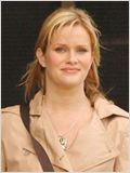 Nicholle Tom