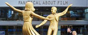 'La La Land': aparece una gigantesca estatua de la película en Londres