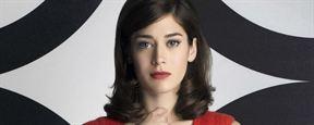 'Gambito': Lizzy Caplan, en conversaciones para unirse a la película