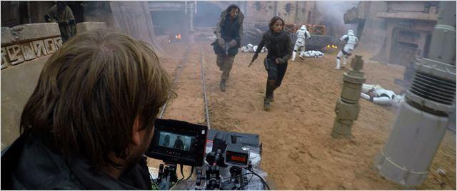 Rogue One: Una historia de Star Wars : Foto Diego Luna, Felicity Jones, Gareth Edwards (II)