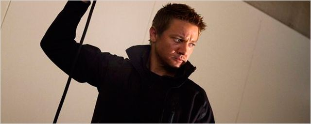 &#161;RUMOR &#39;Los Vengadores 2&#39;! Marvel no quiere a Jeremy Renner como Ojo de Halc&#243;n