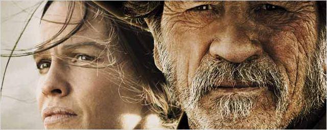 'Deuda de honor': Póster en español en EXCLUSIVA de lo nuevo de Hilary Swank y Tommy Lee Jones