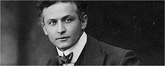 Andrés Muschietti dirigirá 'The Witch of Lime Street', sobre Harry Houdini