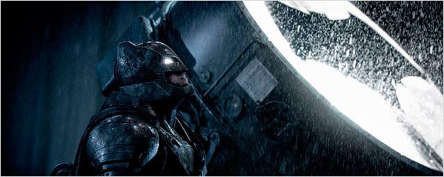 'Batman V Superman: El amanecer de la justicia', la séptima película de superhéroes más taquillera