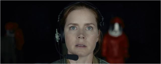 'La llegada': Tráiler en español de la película 'sci-fi' de Denis Villeneuve con Amy Adams y Jeremy Renner