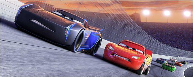 'Cars 3': La competición se complica para Rayo McQueen en el nuevo tráiler en español