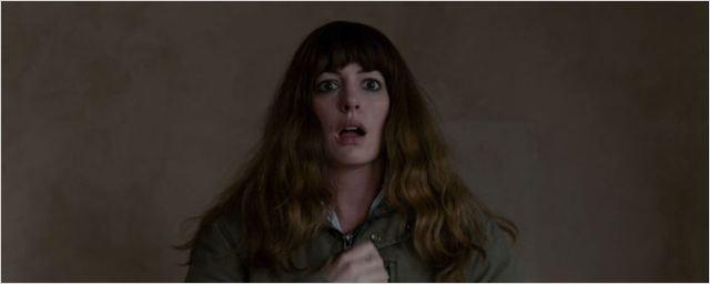 'Colossal': Tráiler en español de lo nuevo de Nacho Vigalondo con Anne Hathaway