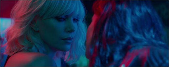 'Atómica': Charlize Theron desenmascara a Sofia Boutella en el nuevo 'clip' de la película